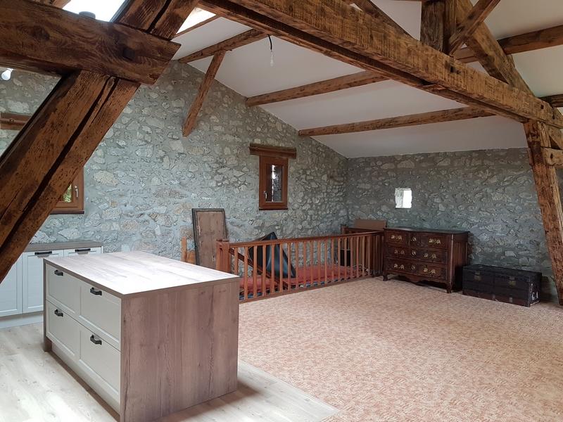 Coordination de travaux-Architecture d'intérieur-Réfection Maison Familiale secondaire- Tournon sur rhône-Ardèche-Séjour-cuisine ouverte (16)