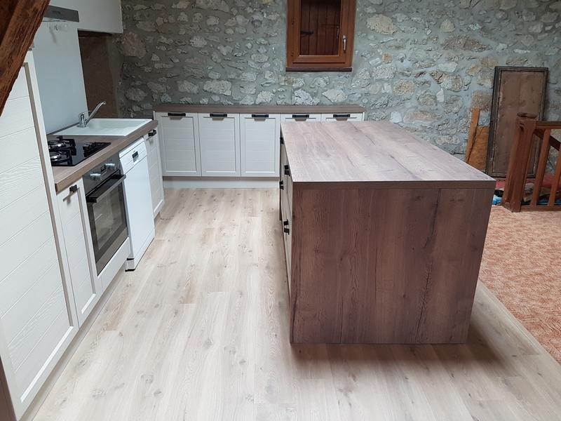 Coordination de travaux-Architecture d'intérieur-Réfection Maison Familiale secondaire- Tournon sur rhône-Ardèche-Séjour-cuisine ouverte (5)