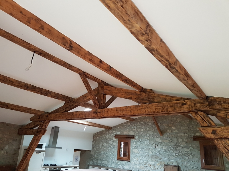 Coordination de travaux-Architecture d'intérieur-Réfection Maison Familiale secondaire- Tournon sur rhône-Ardèche-Séjour-cuisine ouverte (6)